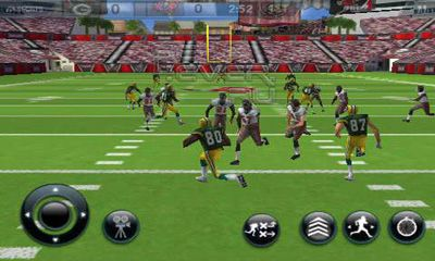 Screenshots of the MADDEN NFL 12 for Android tablet, phone.