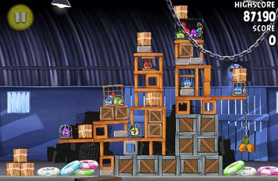 Screenshots of the Angry birds Rio game for iPhone, iPad or iPod.