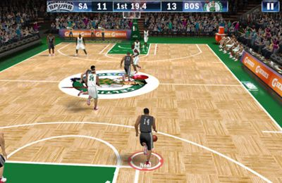 Screenshots of the NBA 2K13 game for iPhone, iPad or iPod.