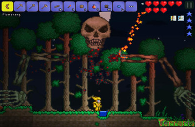 Screenshots of the Terraria game for iPhone, iPad or iPod.